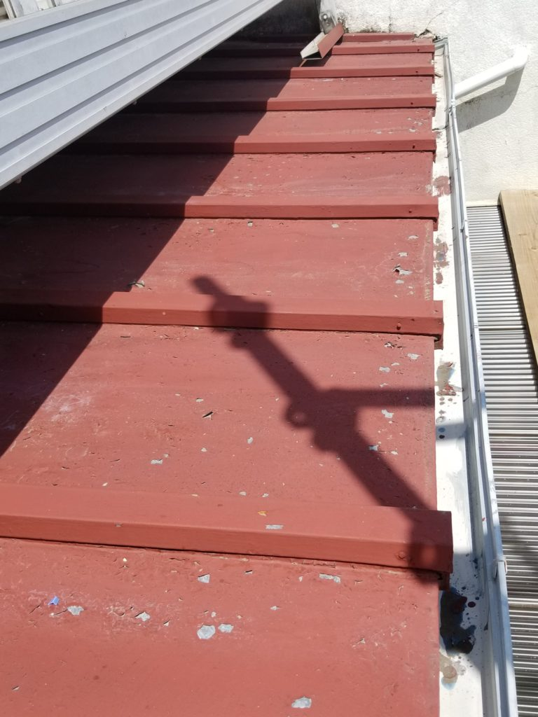 屋根 塗替え トタン 金属 錆止め サビ 浜松市外壁塗装屋根専門店の加藤塗装