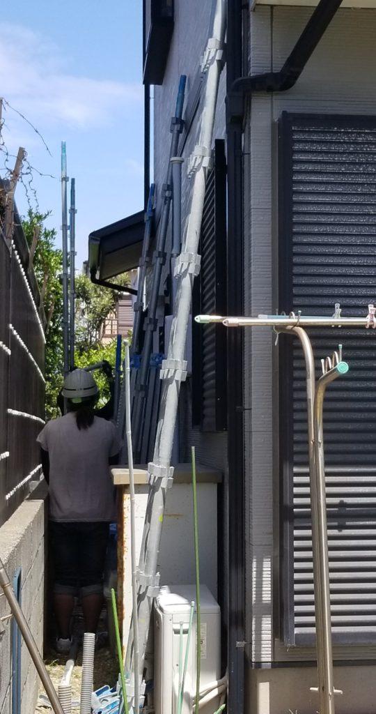 一戸建て住宅 塗替え 足場 工事 女性 職人 浜松市外壁塗装屋根専門店 加藤塗装