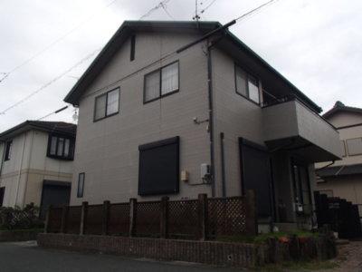 外壁塗り替え 縦ライン 流行 築10年 浜松市中区神田町 塗装 屋根専門店 防水工事 加藤塗装