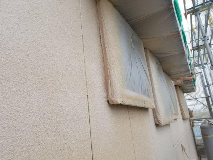 外壁吹付け後