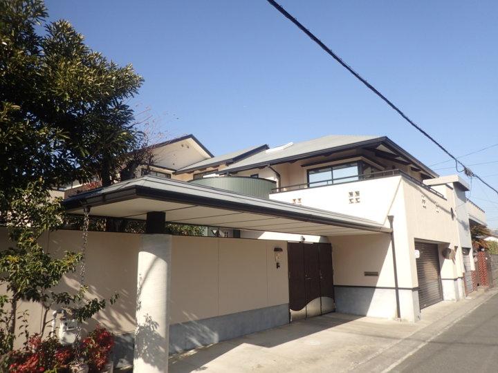 浜松市中区蜆塚にてデザイン住宅のジョリパット仕上げの外壁塗装施工完了しました。|浜松市外壁塗装屋根専門店の加藤塗装