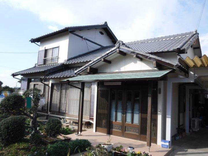 浜松市南区三新町にて外壁塗装及び車庫鉄部塗装の施工完了しました。|浜松市外壁塗装屋根専門店の加藤塗装