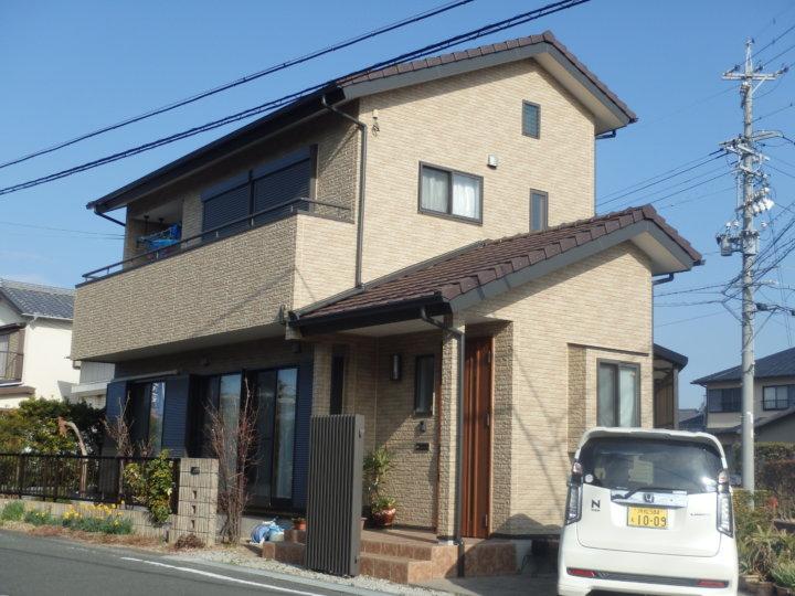 浜松市南区西島町で多彩模様サイディングの意匠性維持のためクリヤーでの外壁塗装完了しました。浜松市外壁塗装屋根専門店の加藤塗装