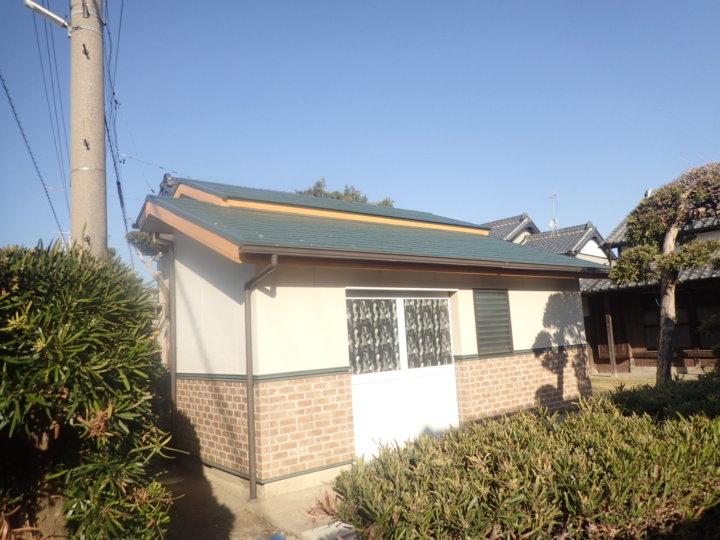 浜松市南区西島町にて倉庫の屋根カラーベストに遮熱塗料にて施工完了|浜松市外壁塗装屋根専門店の加藤塗装