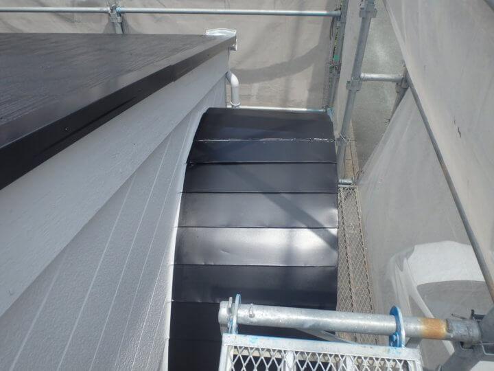 玄関庇屋根塗装完成