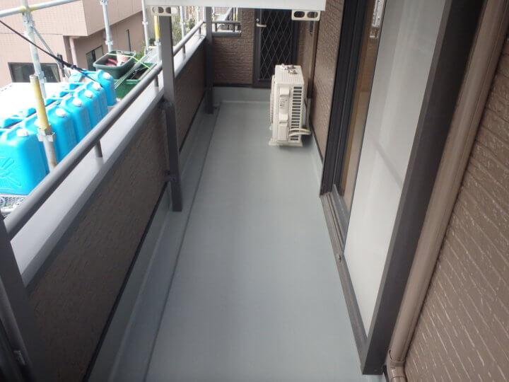 ベランダ床塗装完成