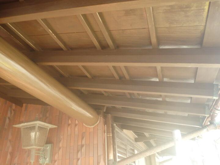 玄関庇木部塗装