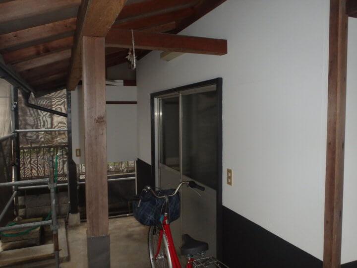 合板部壁塗装