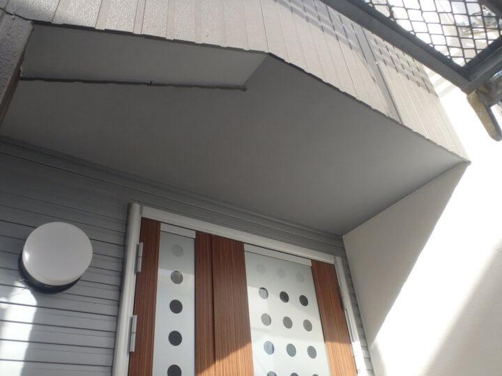 玄関廻り塗装完了