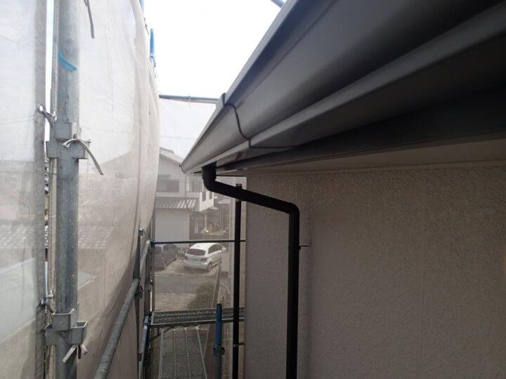 軒樋塗装完成