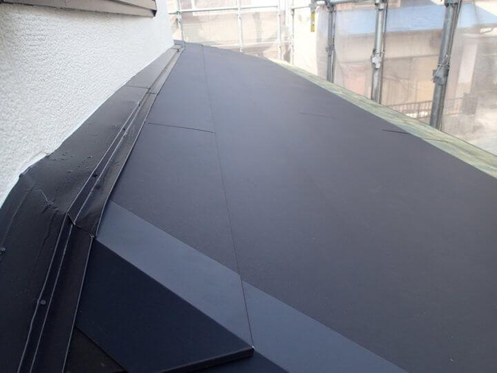 1階屋根水切り塗装完成