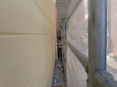 外壁屋根塗装専門店 静岡県浜松市地域密着 加藤塗装 創業年数長い 歴史がある 足場架設 隙間 狭い 狭小 住宅密集地