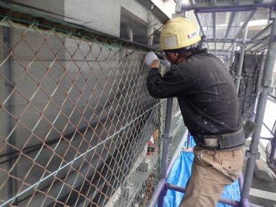 6月5日ロゴマークの日 加藤塗装 フェンス取り外し