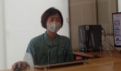 撮影失敗笑顔コロナウイルス対策 飛沫感染防止 透明アクリル板 パネル 外壁塗装の事なら浜松塗装専門店|加藤塗装 カラーシミュレーション 感染症対策