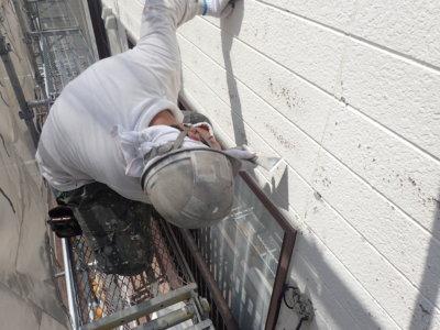 浜松市西区篠原町Hさま邸塗装工事劣化塗膜が割れるケレン作業外壁塗装の事なら浜松塗装専門店|加藤塗装下処理