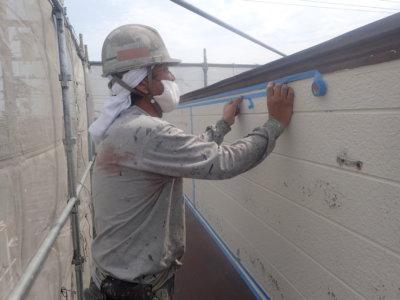 シーリング養生まるでシルクドソレイユ外壁塗装の事なら浜松塗装専門店|加藤塗装熱中症対策店舗付き住宅テナント