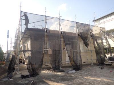 浜松市南区頭陀寺町アパート塗装始まりました。外壁塗装の事なら浜松塗装専門店|加藤塗装