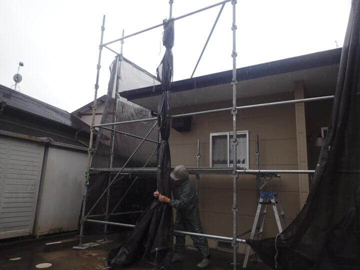 台風14号接近 外壁塗装の事なら浜松塗装専門店 加藤塗装 メッシュシート 足場 強風 対策 大丈夫 倒壊