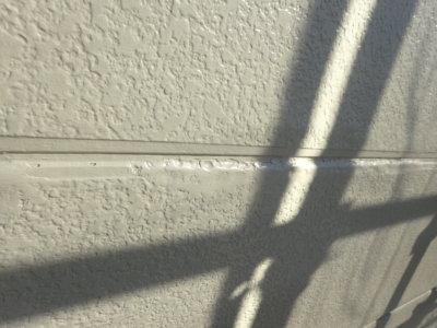 アパートマンション塗装 軒天 外壁塗装の事なら浜松塗装専門店|加藤塗装 竜禅寺町中塗りカラーシミュレーション サイディング劣化 パテで埋める 補修 塗膜剥離 外壁材の劣化