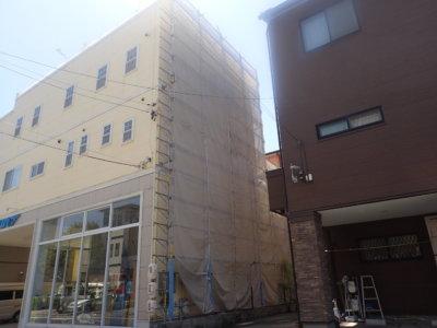 狭所 足場架設 設置 外壁塗装の事なら浜松塗装専門店|加藤塗装