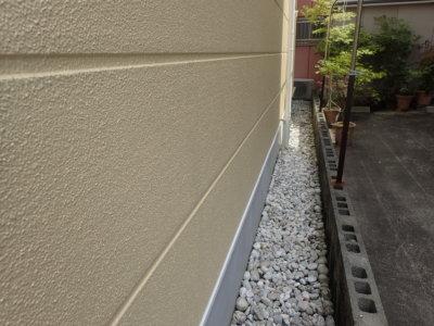 狭所 足場架設 設置 外壁塗装の事なら浜松塗装専門店|加藤塗装 幅60センチ以下 ブロック塀 楔形