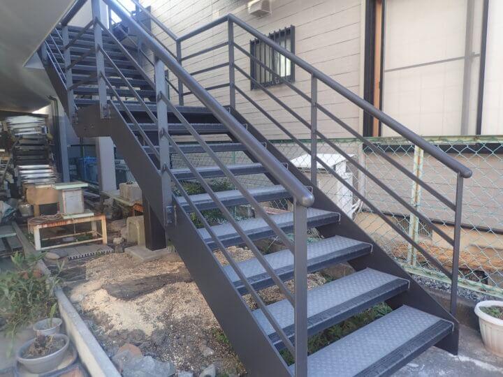階段ノンスリップ工事