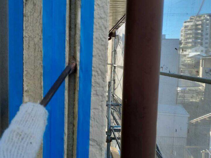 シーリング改修工事 外壁塗装の事なら浜松塗装専門店|加藤塗装 中区上島 既存コーキング除去 充填 プライマー接着剤