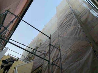 2中区中央 施工事例 外壁塗装の事なら浜松塗装専門店|加藤塗装 二階に玄関 店舗付き住宅 外壁一面のみ塗装 部分塗装
