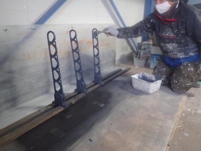 雨の日の塗装工事 外壁塗装の事なら浜松塗装専門店|加藤塗装 物干し竿 付帯部
