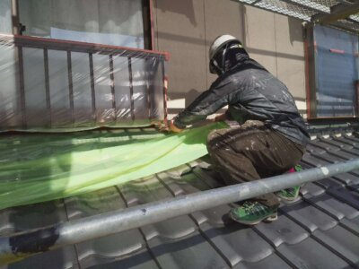浜松市南区西島町 施工事例 養生作業 強風 恐怖 遠州のからっ風 外壁塗装の事なら浜松塗装専門店|加藤塗装