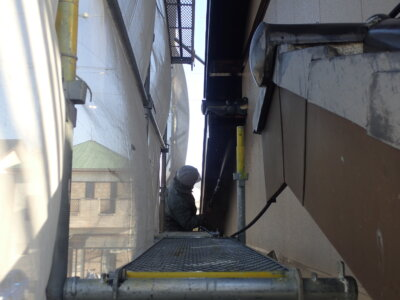 浜松市南区西島町 施工事例 外壁塗装の事なら浜松塗装専門店|加藤塗装 純和風住宅 瓦の上に足場 高圧洗浄 バレンタイン2021