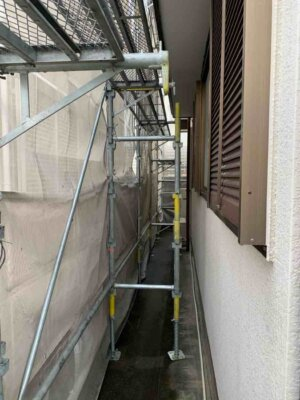 足場架設 中区佐鳴台 外壁塗装の事なら浜松塗装専門店|加藤塗装 狭所でも大丈夫