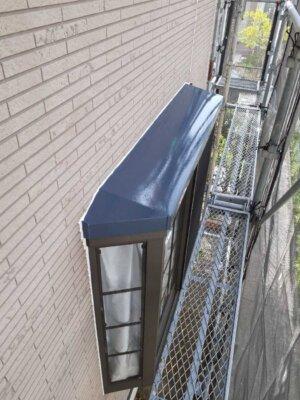 下塗り塗装 錆止め 屋根 外壁塗装の事なら浜松塗装専門店|加藤塗装 板金 塩害 被害 出窓鉄部