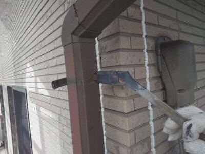 下塗り塗装 錆止め 屋根 外壁塗装の事なら浜松塗装専門店|加藤塗装 板金 塩害 被害 出窓鉄部 令和3年 施工事例 エスケー化研