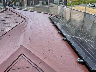 taiyoukou太陽光パネル ソーラパネル 屋根塗装 設置 撤去 一旦外す 別途費用 どのくらいかかる お金 高い やらない方がいい 外壁塗装の事なら浜松塗装専門店 加藤塗装 別途費用が掛かる 養生しない トラブル