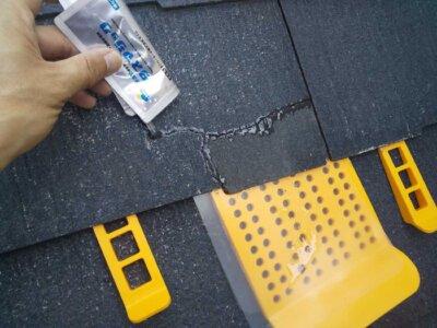 スレート屋根ひび割れ タスマジック 施工事例 外壁塗装の事なら浜松塗装専門店|加藤塗装 経年劣化 台風被害 直し方 接着剤 カラーベスト コロニアル 浸透していく 時間 どのくらいかかる