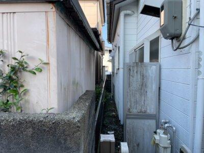 足場架設 狭所 隣家との距離が近い 建てられる 狭い 塀がある 外壁塗装の事なら浜松塗装専門店|加藤塗装