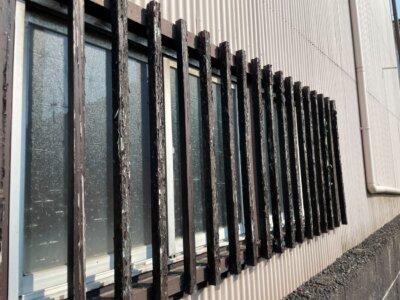 窓格子 取付 取り外し 木製 防犯 雨戸の代わり 目隠し 外壁塗装の事なら浜松塗装専門店|加藤塗装